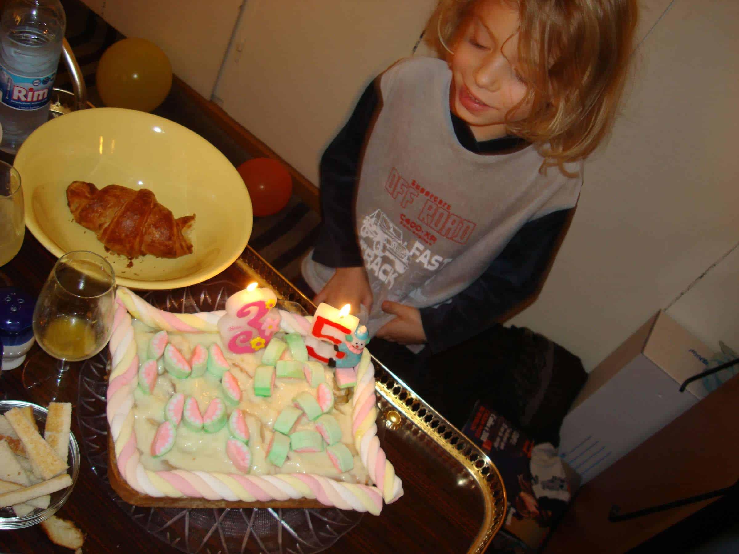 Zelf mijn taart gemaakt tijd terug. Trots! (c) Srsck