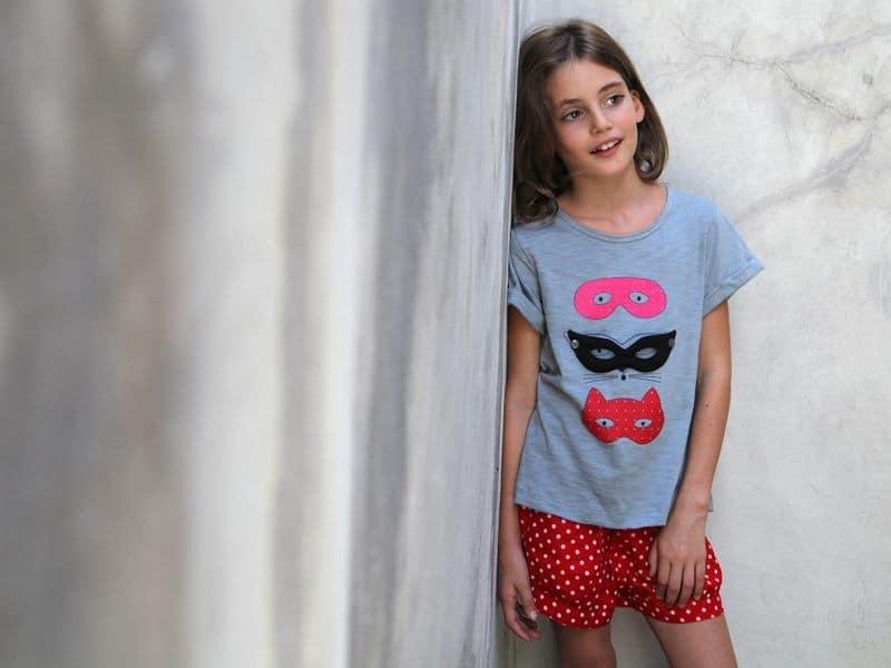 Geschilderde zolen van een klein meisje stock fotografie - Foto slaapkamer klein meisje ...