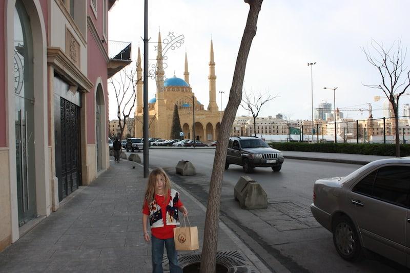 Aan de wandel met Mohamed Al-Amin moskee op de achtergrond (c) Srsck