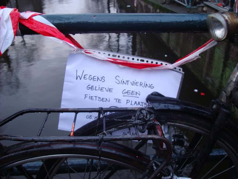 Wegens Sinterklaasviering...