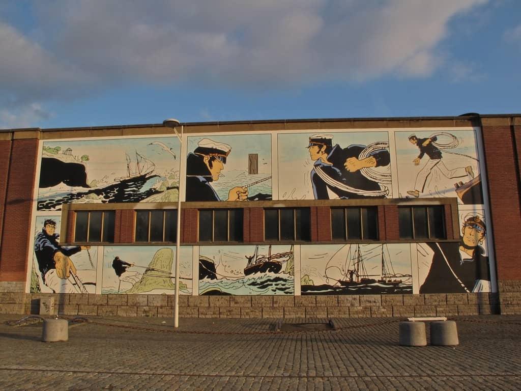 Corto Maltese op de gebouwen (c) Den Flater