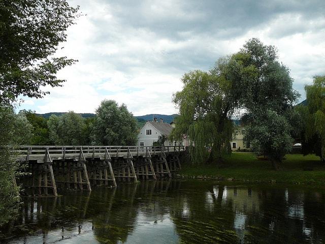 Kostanjevica na krki (c) Savič Domen via Flickr.com