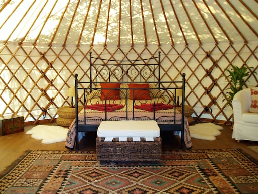 Maimani Yurt (c) Hoopoe Yurt hotel