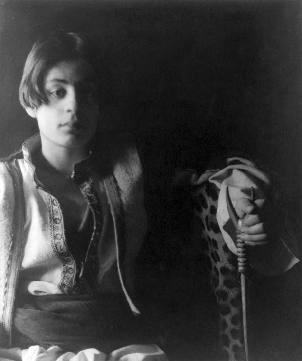 Khalil Gibran (c) Fred Holland Day (circa 1898)