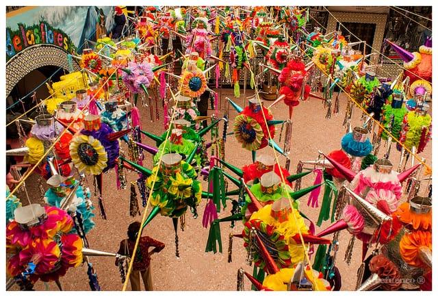 Pinata verkoop (c) Cefuenco via Flickr.com