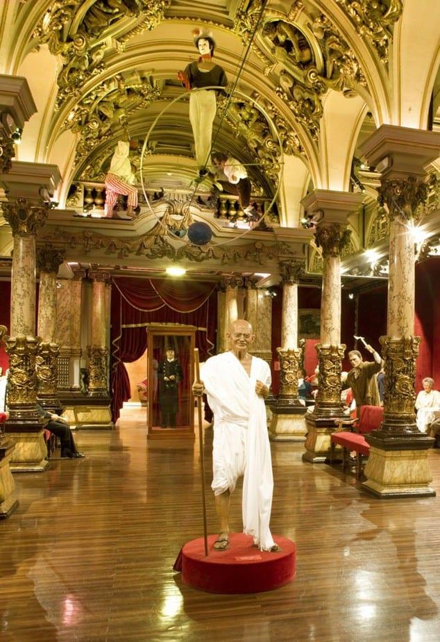 Ghandi in het museum (c) Christophe Recoura  voor Grévin