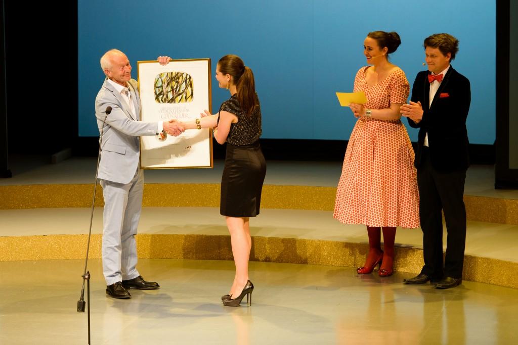 ALMA Prijsuitreiking aan Guus Kuijer door kroonprinses Victoria in 2012 (c) Stefan Tell