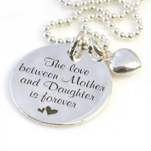 De moeder dochter liefde