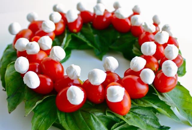 Caprese kerstkrans (c) Veggie Wala