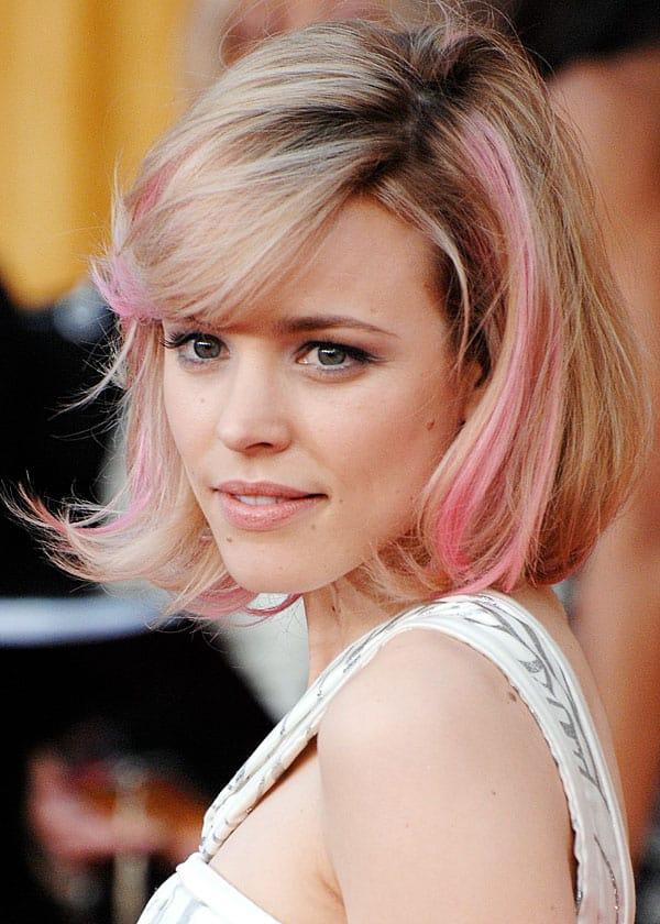 Rachel mcAdams was een vd eerste met roze lokken, een echte trendsetter!