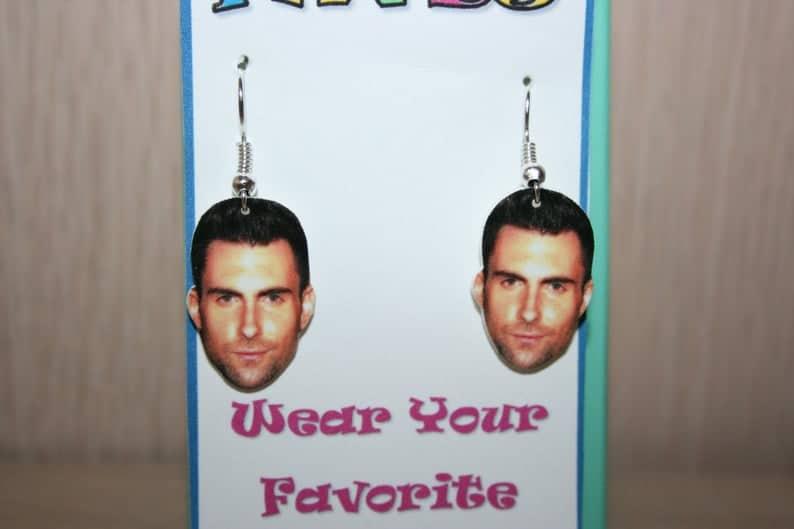 Adam Levine oorbellen