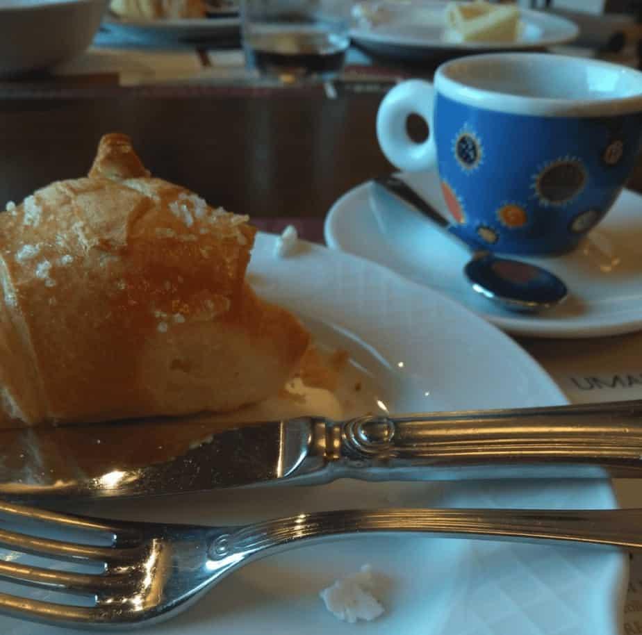 breakfast ancona