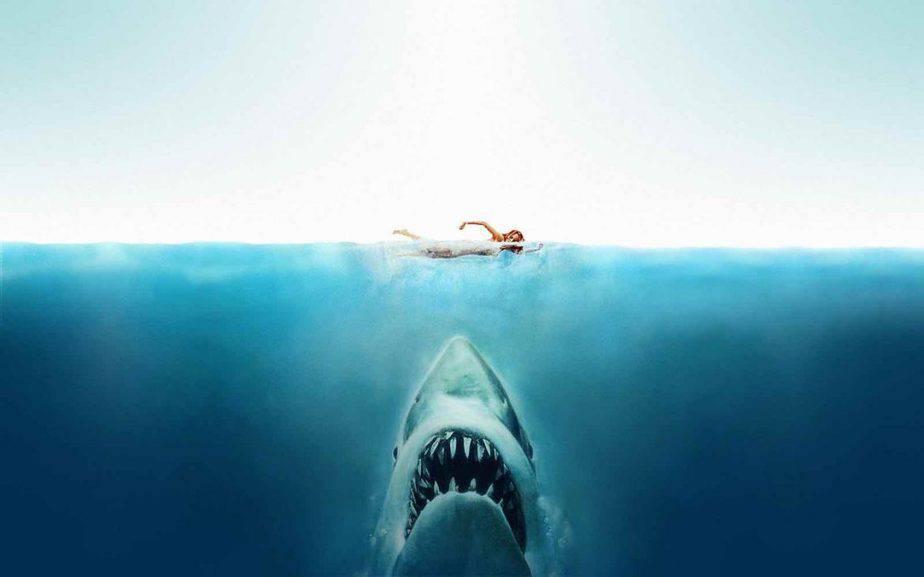 Win Jaws de haaienklassieker op blu-ray