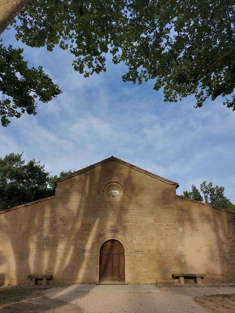 Kerk vaugines filmlocaties Luberon